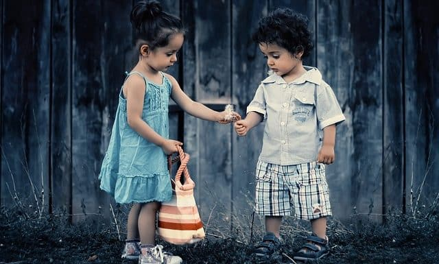 Vælg børnetøj og strømper lavet af bambusfibre