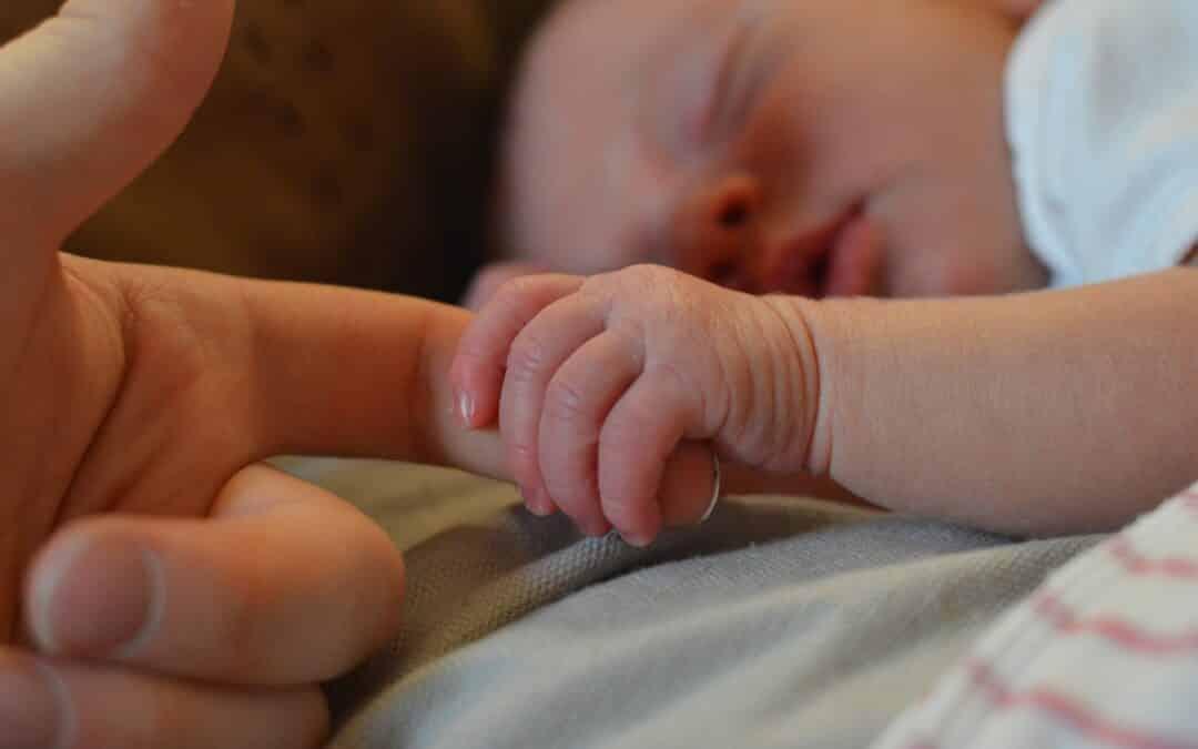 Hvilke møbler har du brug for, når baby melder sin ankomst?